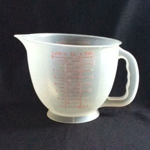 Vintage 8 Cup Tupperware Mixing Bowl RED letters
